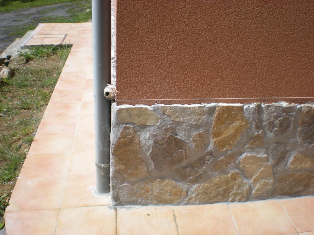Revestir fachadas con los productos adecuados for Fachadas casas unifamiliares